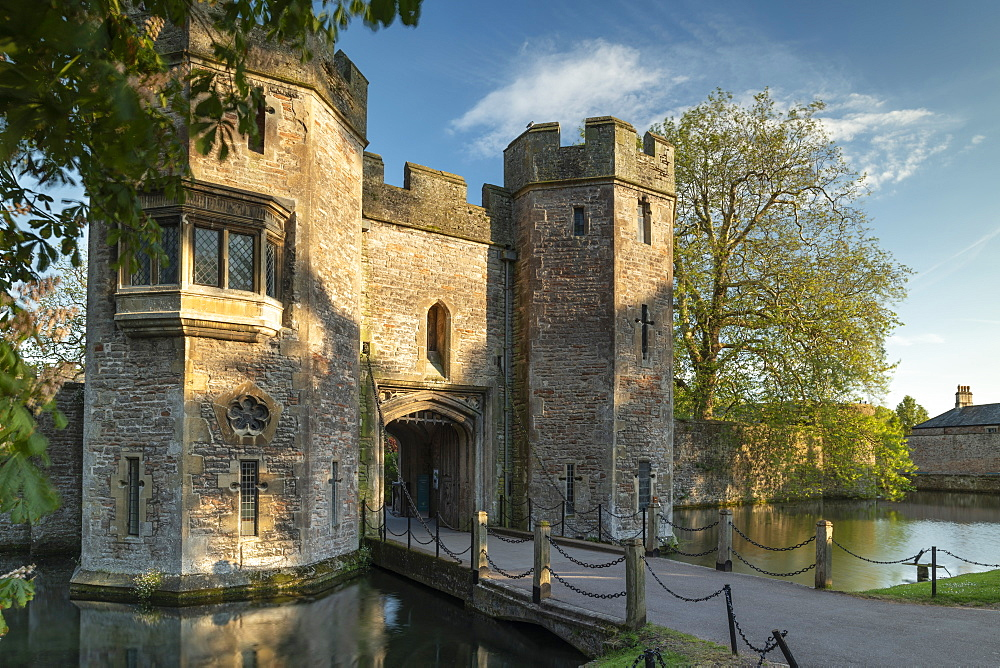 Gatehouse of the Bishop's Palace in Wells, Somerset, England, United Kingdom, Europe