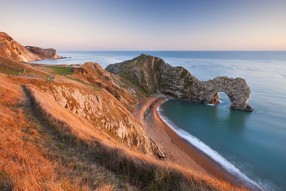 View from cliff tops down into Durdle Door, Jurassic Coast, UNESCO World Heritage Site, Dorset, England, United Kingdom, Europe