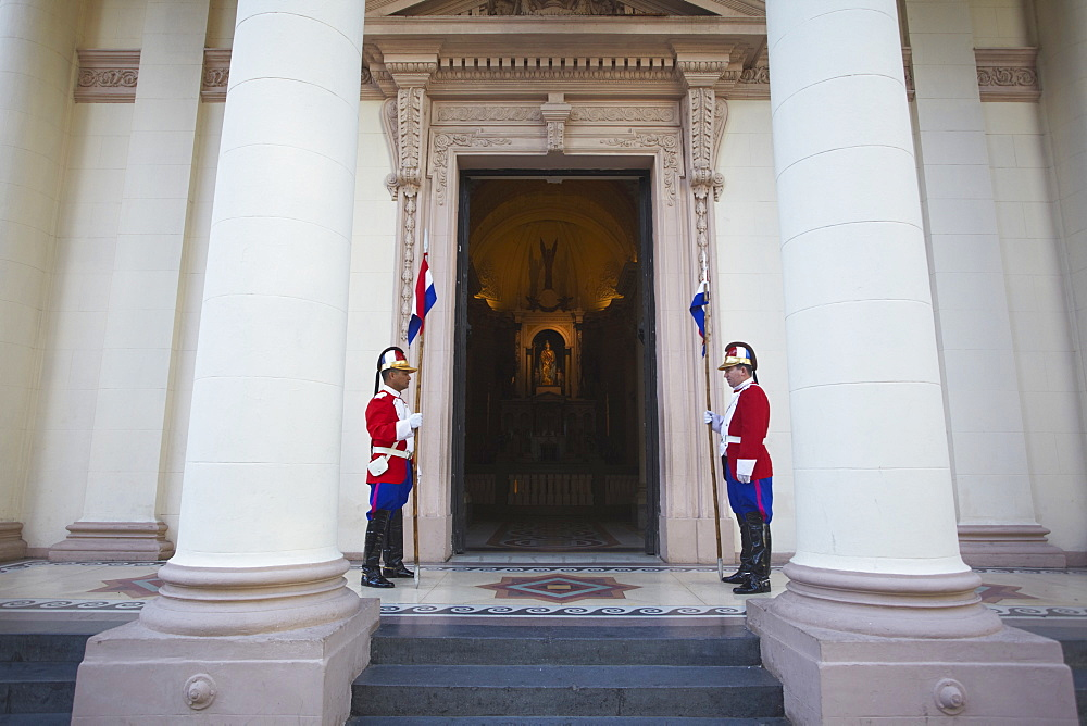 Soldiers standing guard outside Panteon de los Heroes, Asuncion, Paraguay, South America