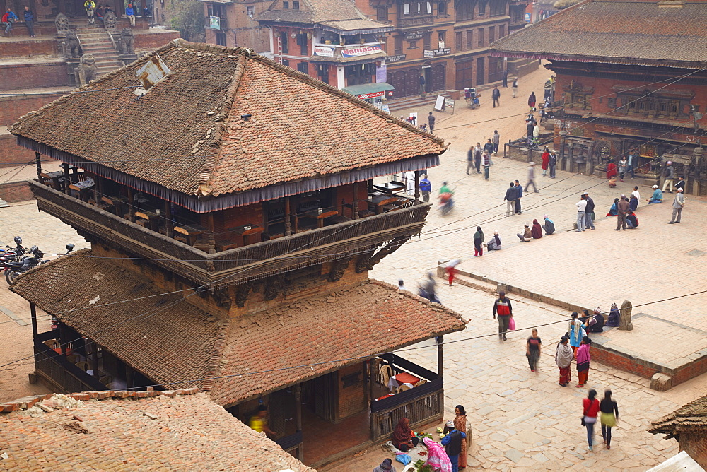 View of Taumadhi Tole, Bhaktapur, UNESCO World Heritage Site, Kathmandu Valley, Nepal, Asia