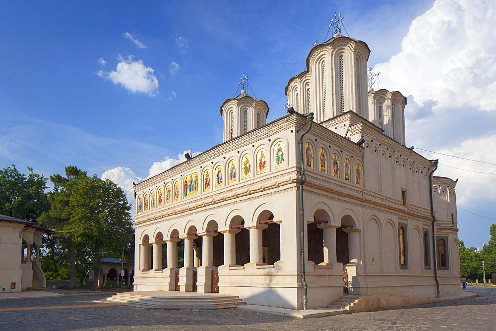 Patriarchal Cathedral, Bucharest, Romania, Europe