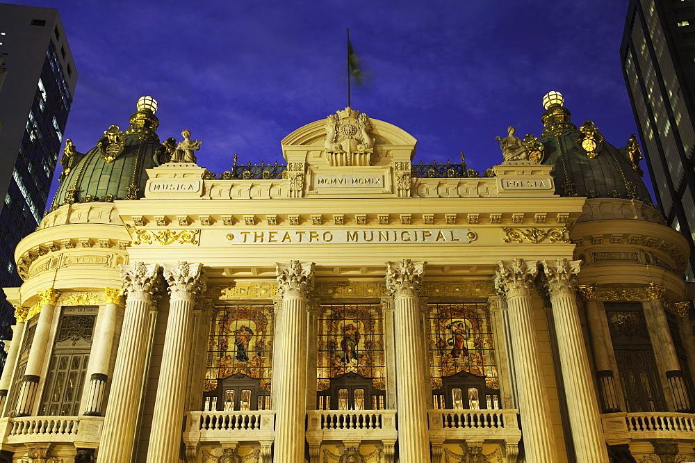 Municipal Theatre (Theatro Municipal), dusk, Cinelandia, Centro, Rio de Janeiro, Brazil, South America