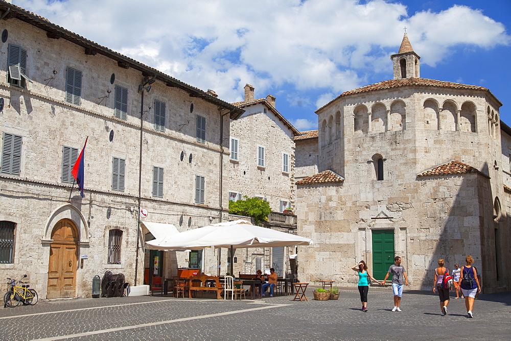 Baptistry of San Giovanni in Piazza Arringo, Ascoli Piceno, Le Marche, Italy, Europe