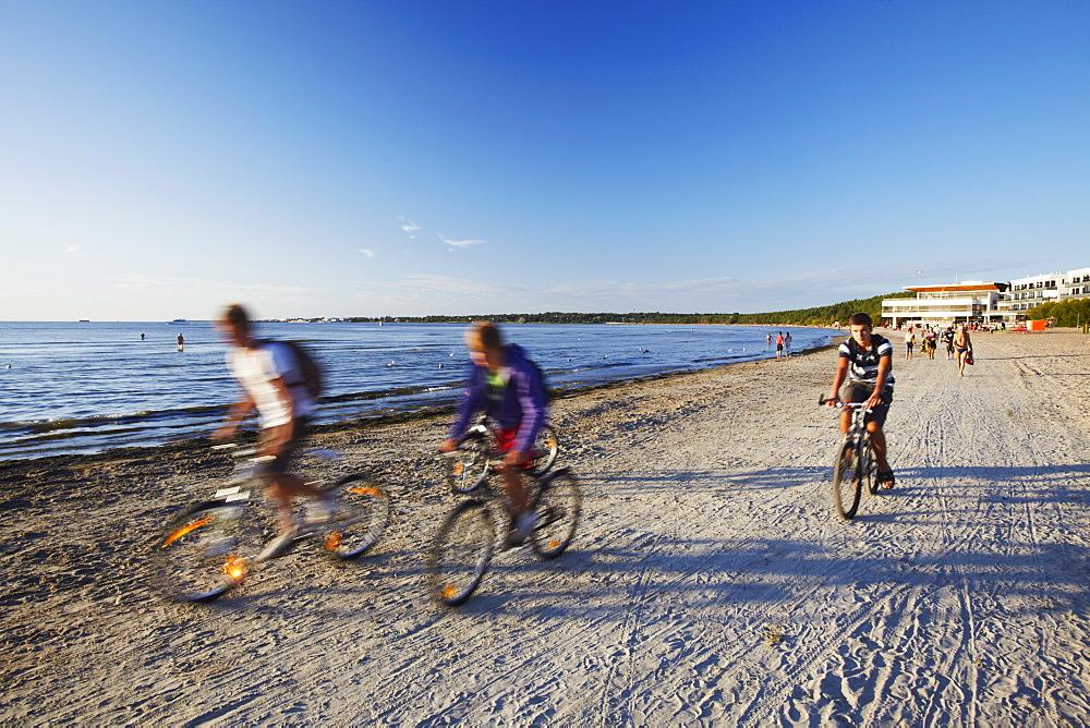 Cyclists on Pirita Beach, Tallinn, Estonia, Baltic States, Europe - 800-230