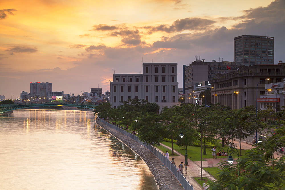 View of park and Ben Ngde River at sunset, Ho Chi Minh City, Vietnam, Indochina, Southeast Asia, Asia