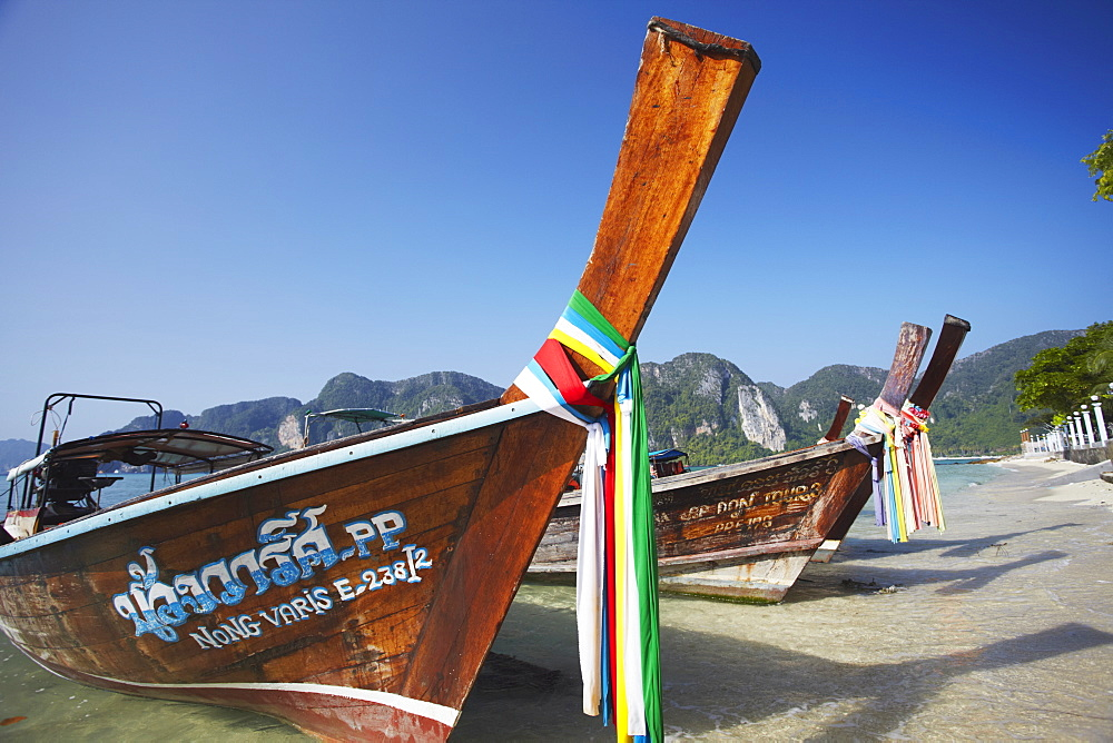 Long tail boats on Ao Ton Sai Beach, Ko Phi Phi Don, Krabi Province, Thailand, Southeast Asia, Asia