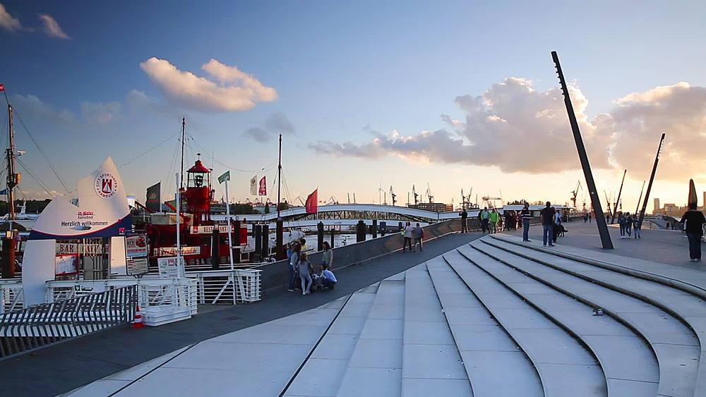 Elbpromenade and harbour, Hamburg, Germany - 800-2889