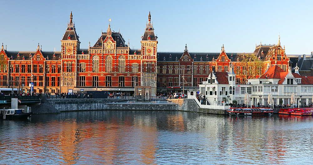 Central Station, Amsterdam, Netherlands - 800-3135