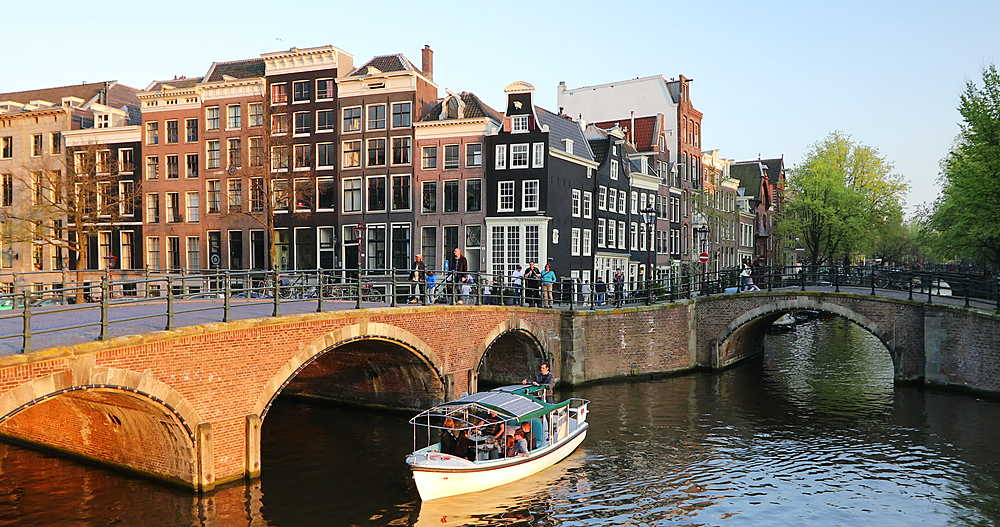 Boat on Keizersgracht canal, Amsterdam, Netherlands - 800-3143