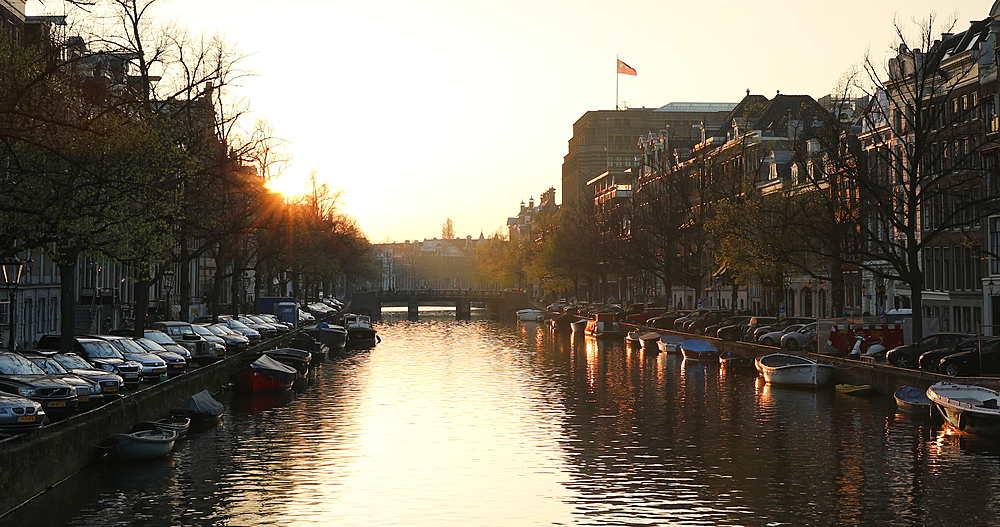 Keizersgracht canal at sunset, Amsterdam, Netherlands - 800-3144