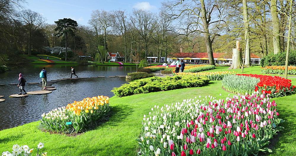 Tourists at Keukenhof Gardens, Lisse, Netherlands - 800-3154
