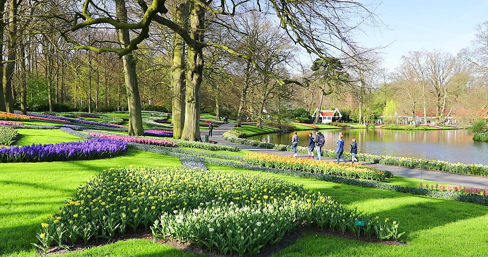 Tourists at Keukenhof Gardens, Lisse, Netherlands - 800-3156