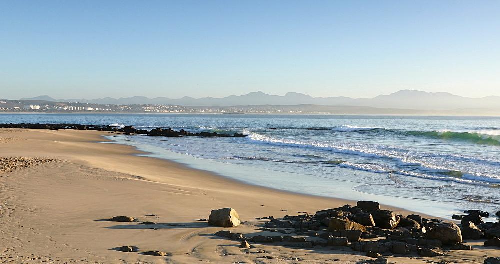 De Bakke beach, Mossel Bay, Western Cape, South Africa - 800-3316