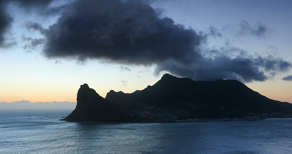 Hout Bay at sunset; Cape Peninsula, Cape Town, Western Cape, South Africa - 800-3373
