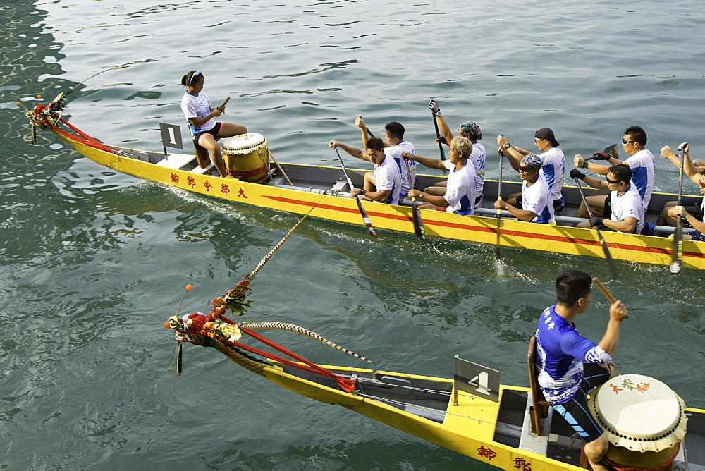 Dragon boat race, Shau Kei Wan, Hong Kong Island, Hong Kong, China, Asia