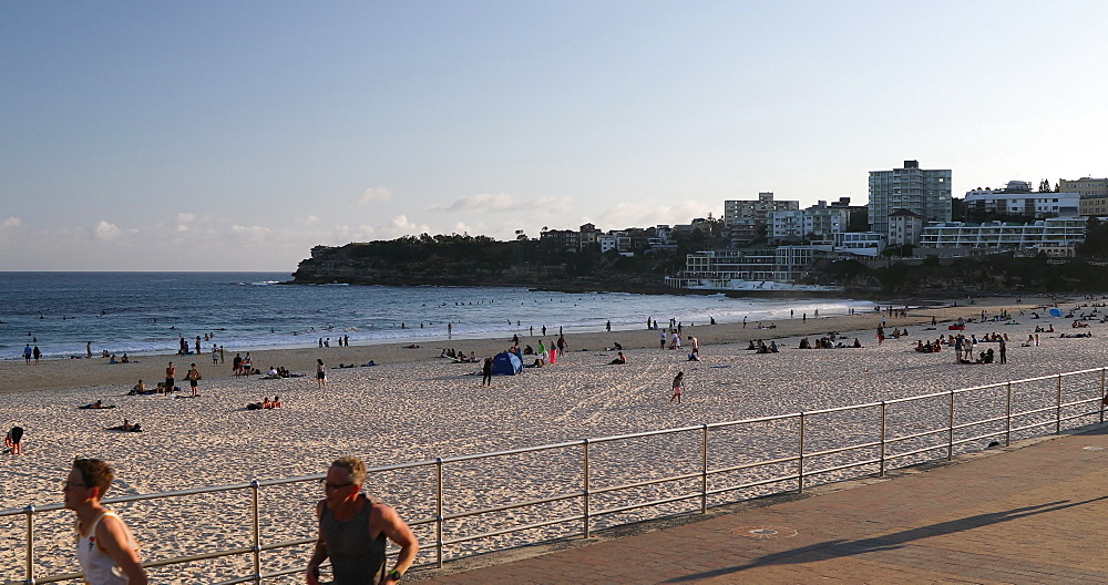 Bondi Beach, Sydney, New South Wales, Australia, Pacific - 800-3486