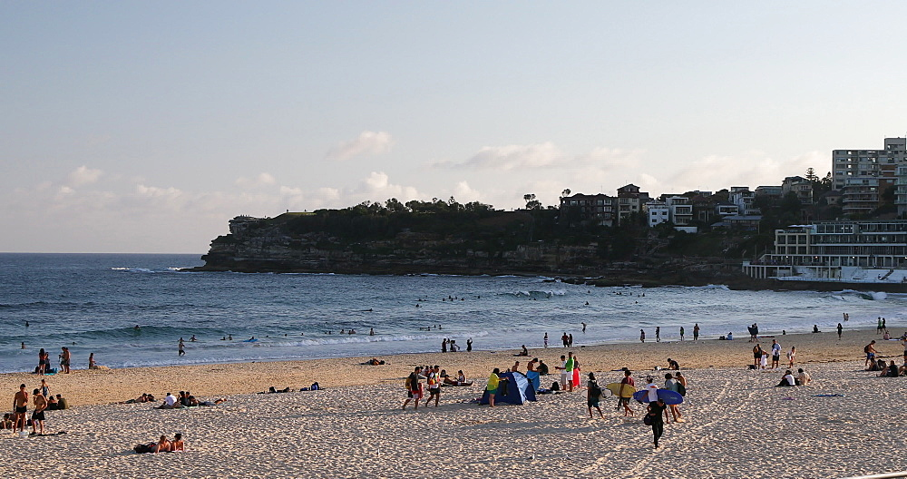 Bondi Beach, Sydney, New South Wales, Australia, Pacific - 800-3487