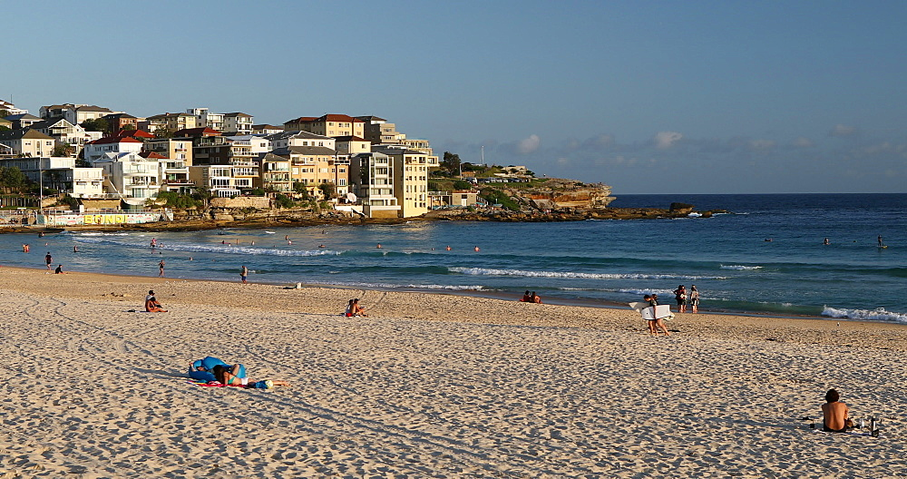 Bondi Beach, Sydney, New South Wales, Australia, Pacific - 800-3488