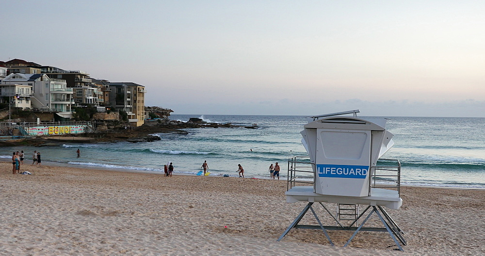 Bondi Beach, Sydney, New South Wales, Australia, Pacific - 800-3489