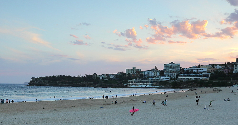 Bondi Beach at sunset, Sydney, New South Wales, Australia, Pacific - 800-3500