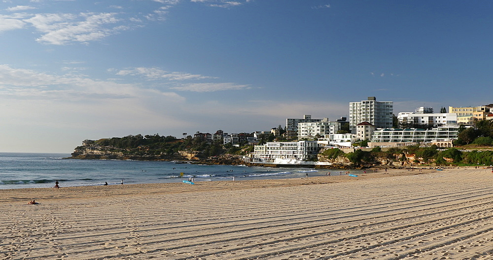 Bondi Beach, Sydney, New South Wales, Australia, Pacific - 800-3503
