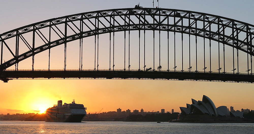 Sydney Harbour Bridge at sunrise, Sydney, New South Wales, Australia, Pacific - 800-3509