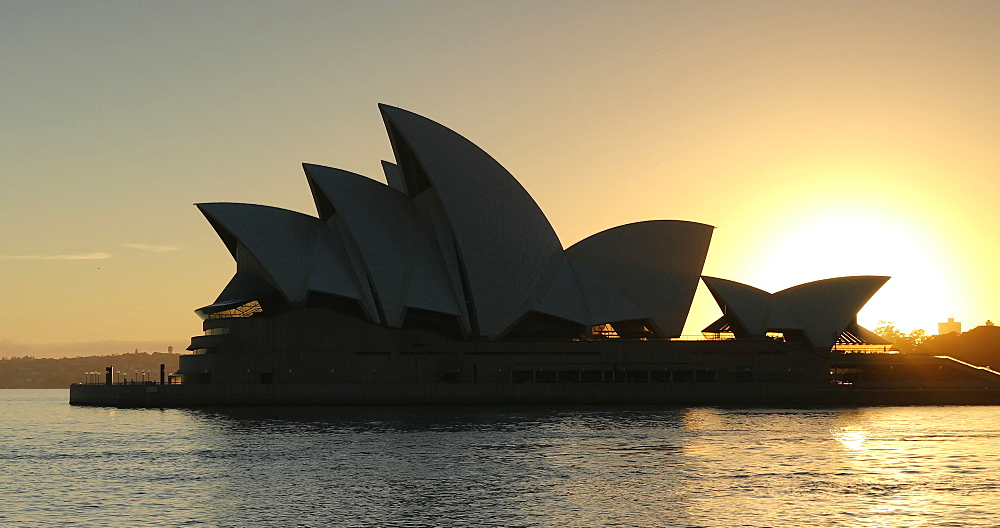 Sydney Opera House at sunrise, UNESCO World Heritage Site, Sydney, New South Wales, Australia, Pacific - 800-3522
