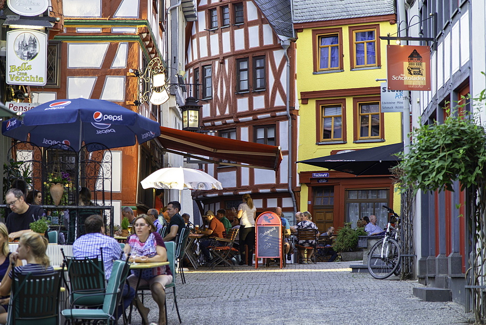 Outdoor restaurants in Fischmarkt, Limburg, Hesse, Germany - 800-3569