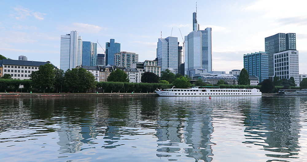 Skyline at dawn, Frankfurt, Hesse, Germany - 800-3611