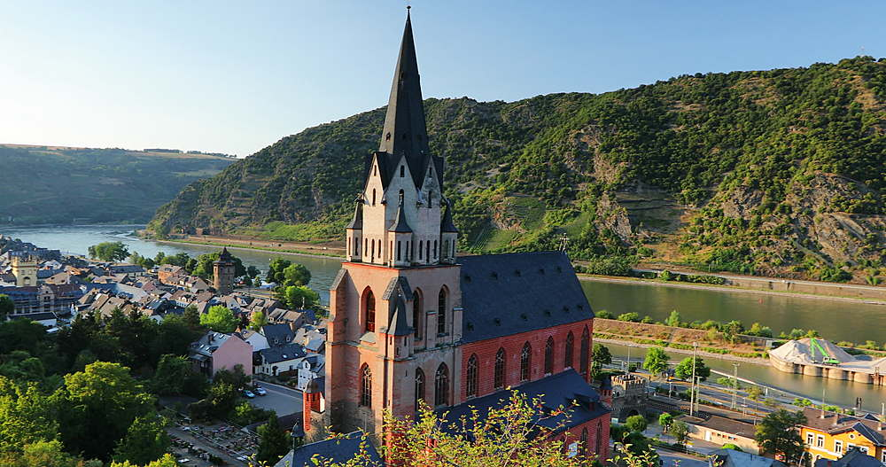 View of Liebfrauenkirche and River Rhine, Oberwesel, Rhineland-Palatinate, Germany - 800-3621