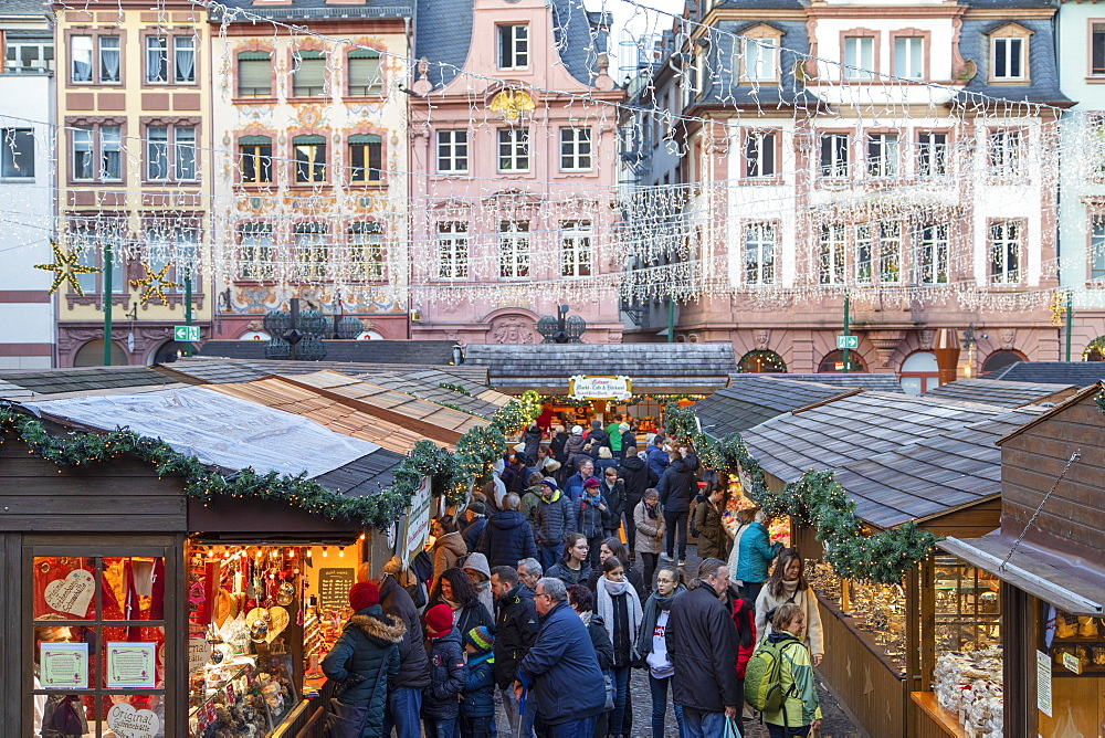 Christmas Market, Mainz, Rhineland-Palatinate, Germany, Europe