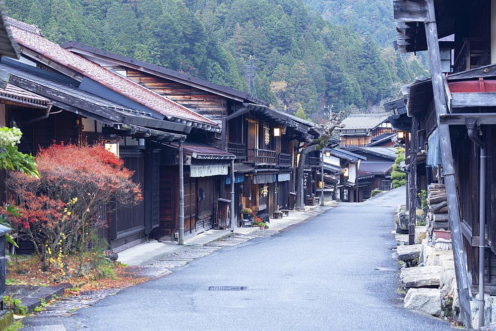 Traditional buildings on Nakasendo Way, Tsumago, Gifu Prefecture, Honshu, Japan, Asia