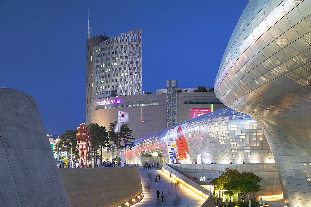 Dongdaemun Design Plaza at dusk, Seoul, South Korea, Asia - 800-3842