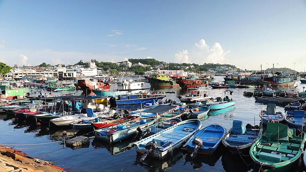 Boats in harbour, Cheung Chau, Hong Kong, China, Asia