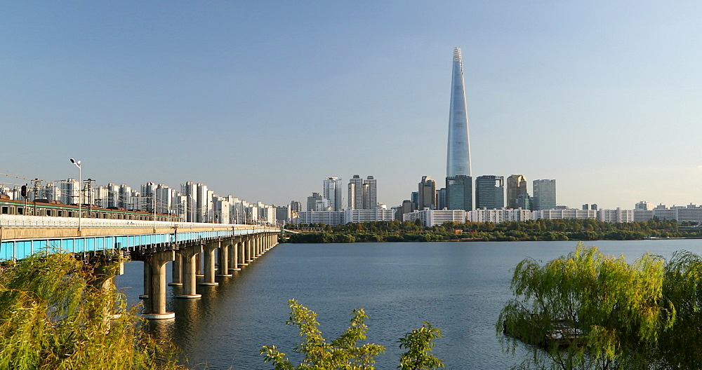 Lotte Tower and Han River, Seoul, South Korea - 800-4082
