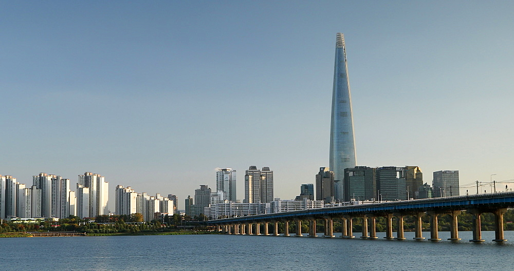 Lotte Tower and Han River, Seoul, South Korea - 800-4084