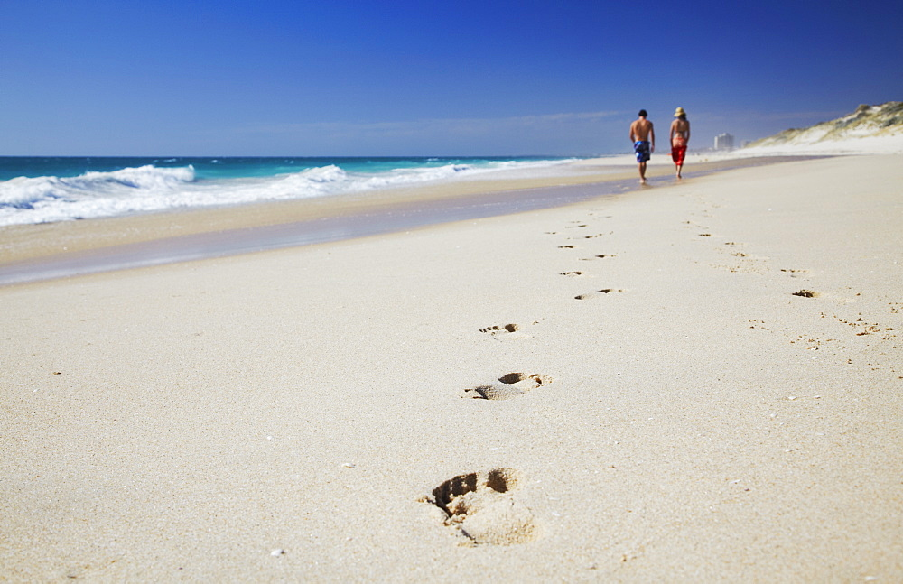 Couple walking on Floreat Beach, Perth, Western Australia, Australia, Pacific