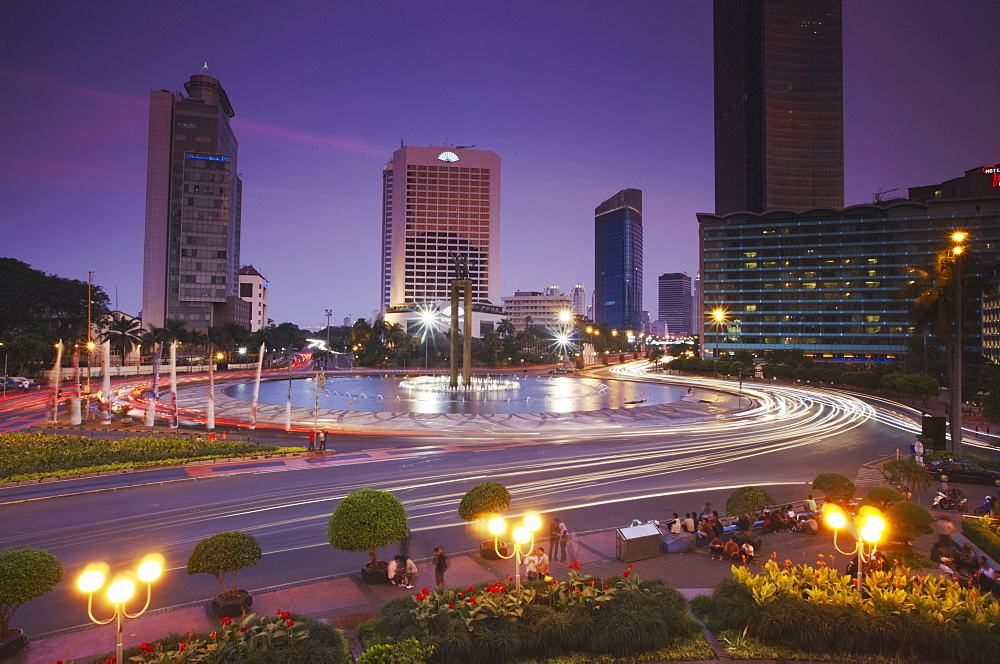 Welcome Monument at dusk, Jakarta, Java, Indonesia, Southeast Asia, Asia