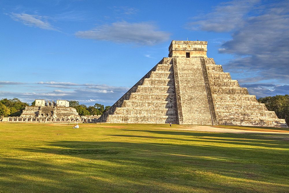 El Castillo (Pyramid of Kulkulcan), Chichen Itza, UNESCO World Heritage Site, Yucatan, Mexico, North America - 801-1489