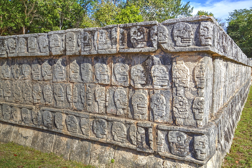 Platform of Skulls, Chichen Itza, UNESCO World Heritage Site, Yucatan, Mexico, North America