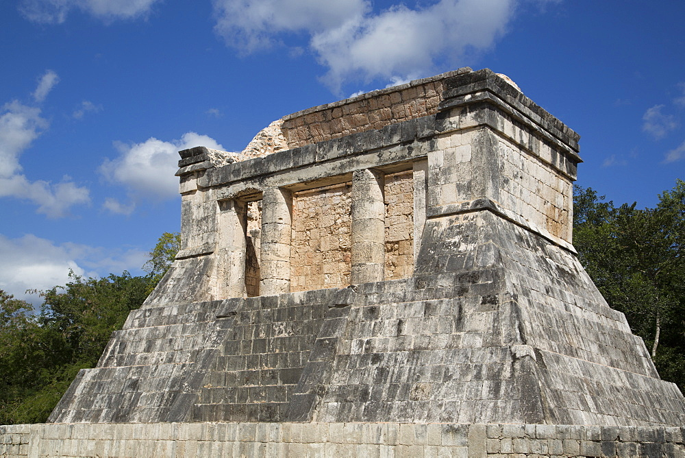 Temple of the Bearded Man (Templo del Barbado), Chichen Itza, UNESCO World Heritage Site, Yucatan, Mexico, North America