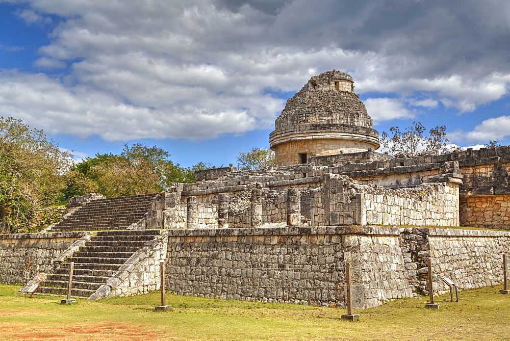 El Caracol (the Snail), Observatory, Chichen Itza, UNESCO World Heritage Site, Yucatan, Mexico, North America