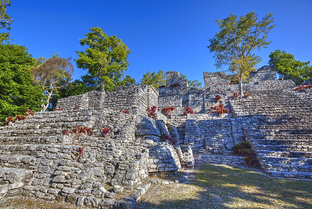 Nivel B, The Acropolis, Kinichna, Mayan archaeological site, Quintana Roo, Mexico, North America