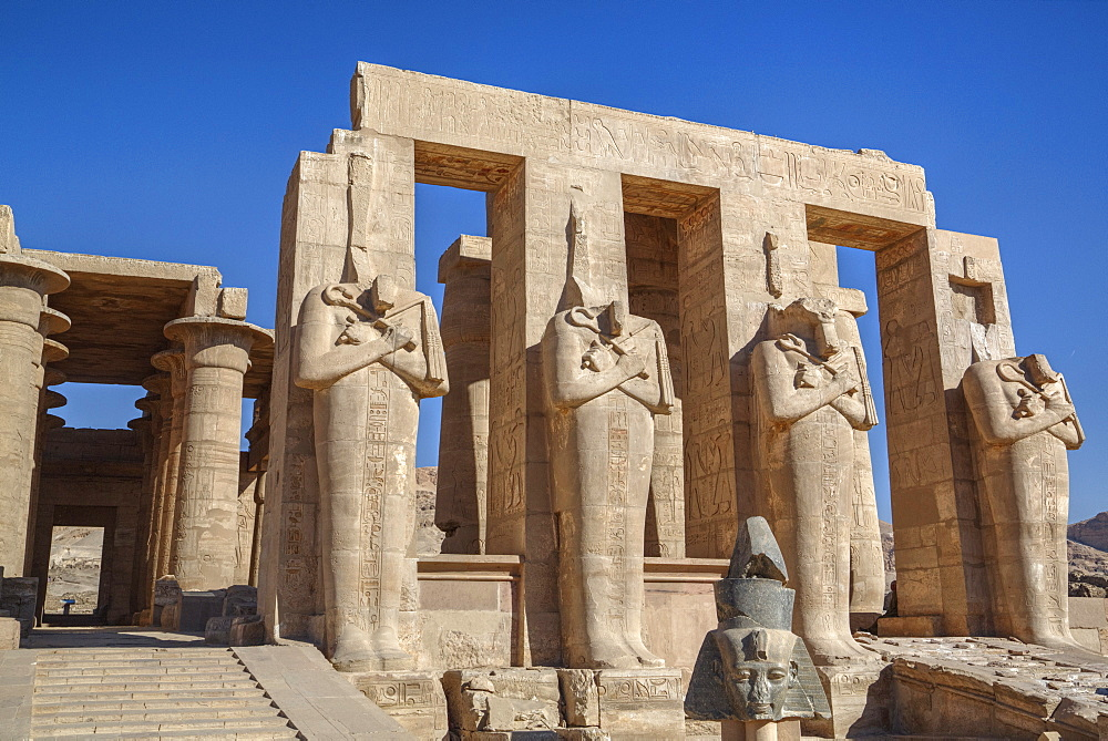 Four statues of Osiris, Hypostyle Hall, The Ramesseum (Mortuary Temple of Ramese II), Luxor, West Bank, Thebes, UNESCO World Heritage Site, Egypt, North Africa, Africa - 801-1617