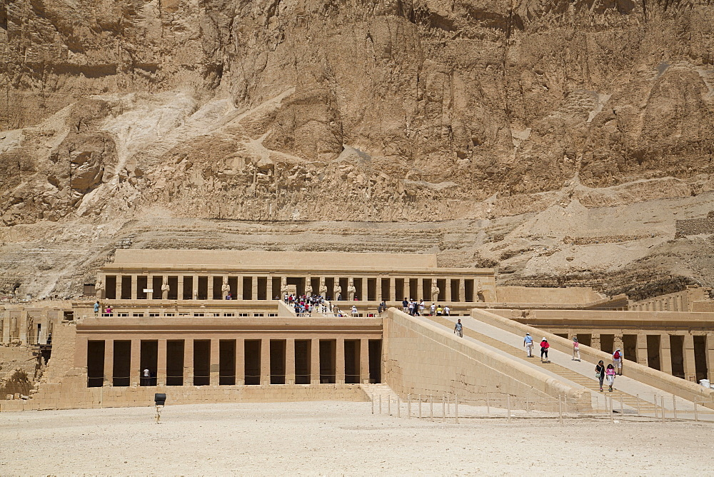 Deir-el-Bahri (Hatshepsut's Temple), West Bank Thebes, UNESCO World Heritage Site, Egypt, North Africa, Africa
