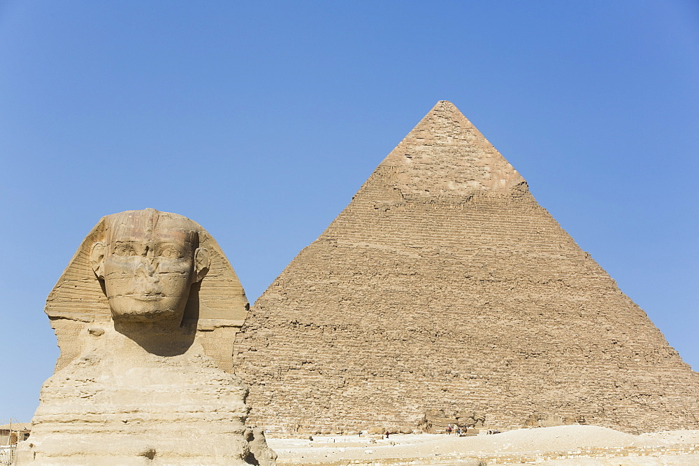 Sphinx and Pyramid of Chephren, The Giza Pyramids, UNESCO World Heritage Site, Giza, Egypt, North Africa, Africa