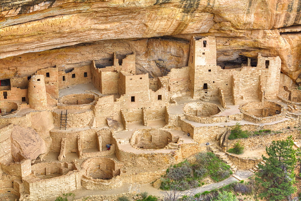 Anasazi Ruins, Cliff Palace, dating from between 600 AD and 1300 AD, Mesa Verde National Park, UNESCO World Heritage Site, Colorado, United States of America, North America