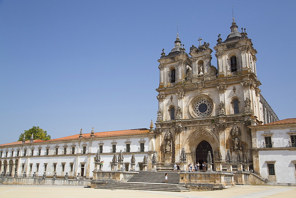 Monastery of Santa Maria de Alcobaca, UNESCO World Heritage Site, Alcobaca, Centro, Portugal, Europe
