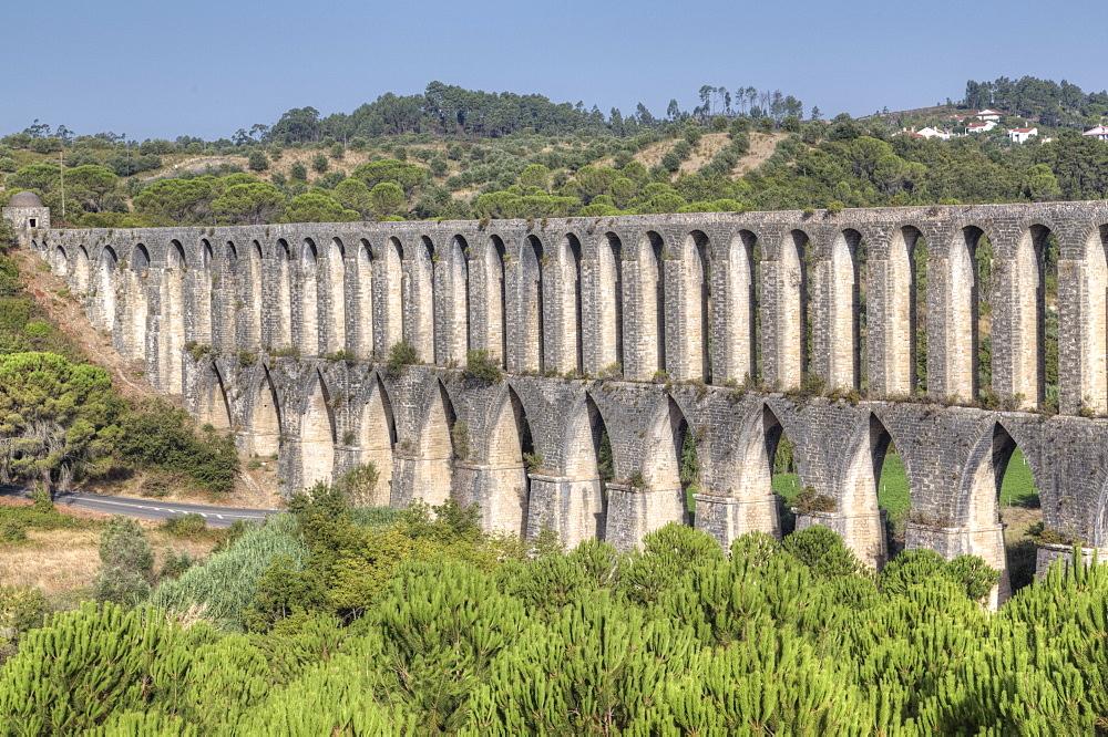 Roman Aqueduct, Pegoes, Portugal, Europe
