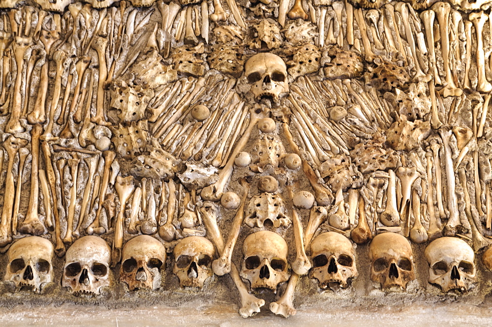 Chapel of Bones, Royal Church of St. Francis, Evora, UNESCO World Heritage Site, Portugal, Europe